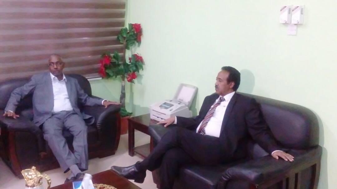 والي النيل الابيض يستقبل وفد وزارة العدل