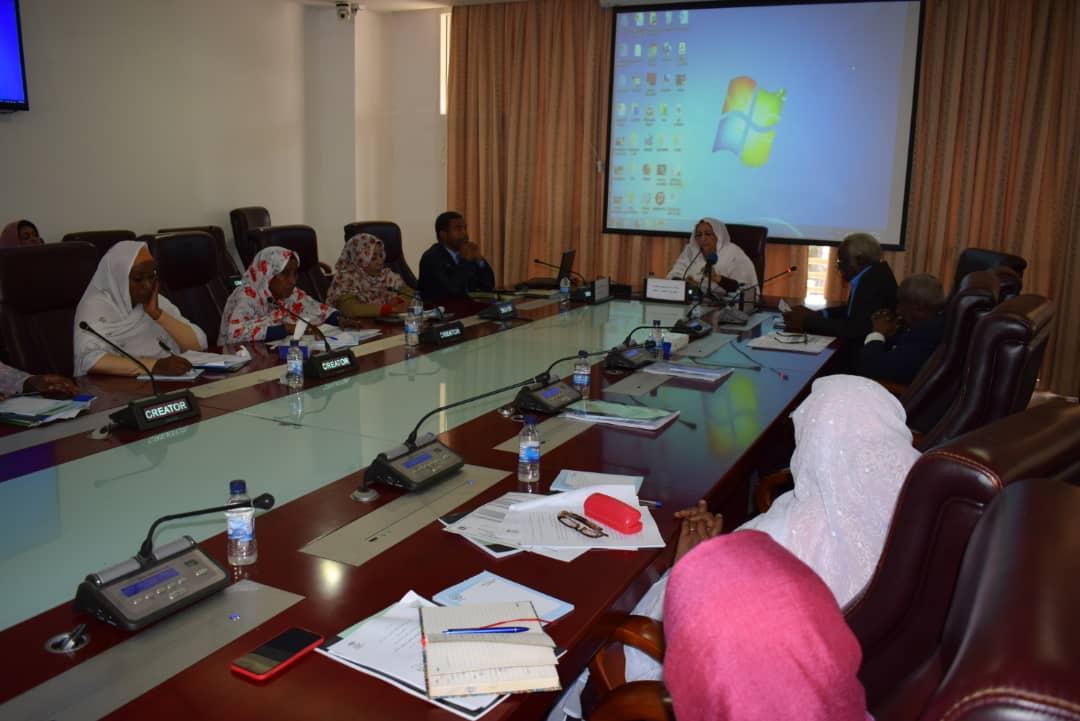 اللجنة الوطنية تنظم ورشة حول العمالة المنزلية