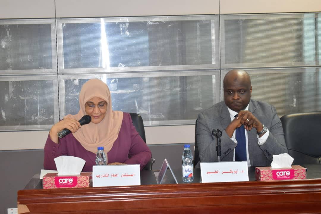 جلسة تفاكرية حول الشراكة بين القطاعين العام و الخاص